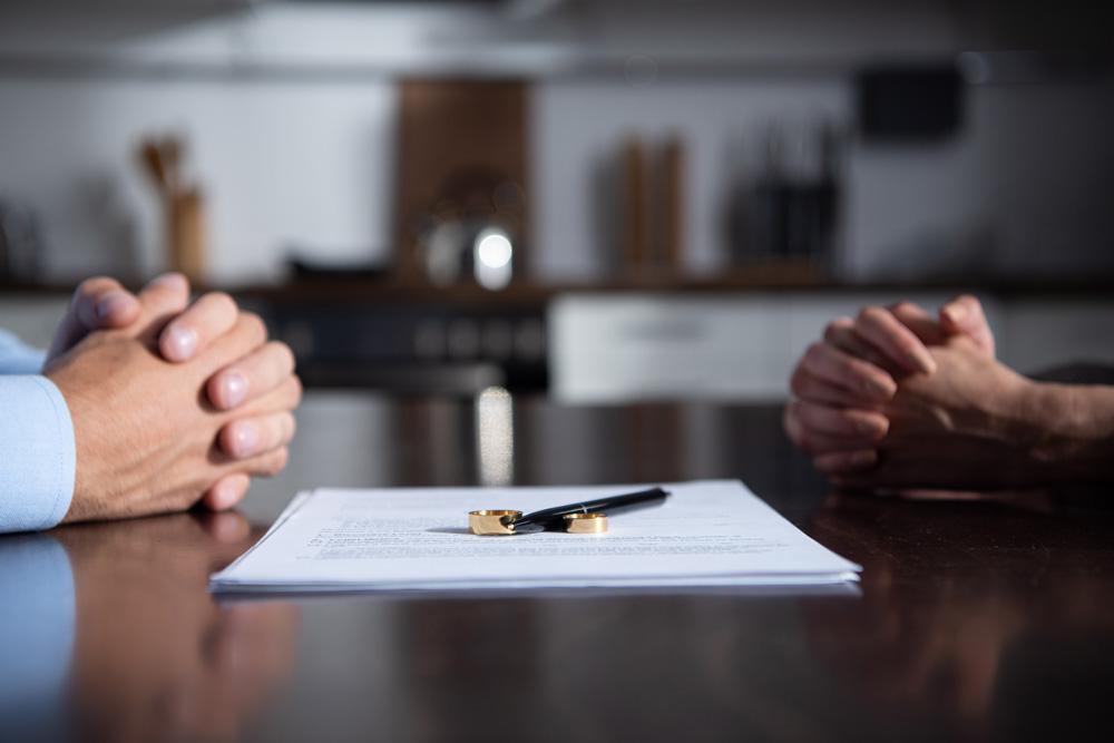 Gemeinsame Immobilie im Trennungsjahr verkaufen – vieles spricht dafür